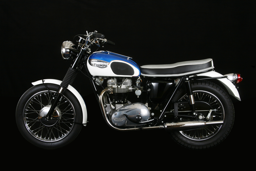 1966TriumphTrophy Main