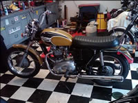 1971 Triumph Bonneville small
